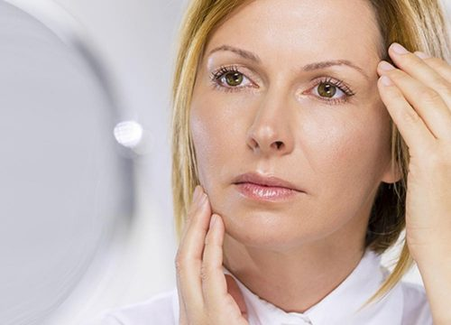 Image for Should You Choose a Face-lift or Kybella?
